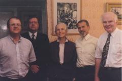 Участники конференции в гостях у проф. Калинникова. Слева направо – Аллен Вуд, Йозеф Конен, Рената Кнолль, Л.А. Калинников